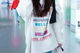 """穿上""""元氣少女""""趙露思的榜樣,是學生年齡增長不可缺少的"""
