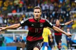 身披11號球衣的七位大神!兩位德國人分列二三位,排首位的是誰?