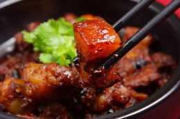 當紅燒肉和可樂撞在一起,帶你體驗不一樣的味蕾,一頓三碗沒問題