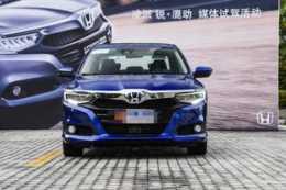 又一日本造被嫌棄,月銷量不足400臺,油耗4L+國六,外觀年輕帥氣