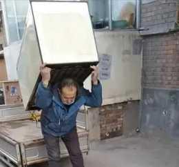 崔幽幽:老百姓生活不易,簡單、真實總會遇到生活的交叉路口