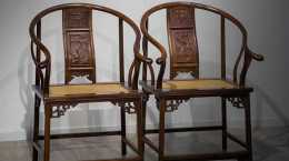 中式經典傢俱,三攢靠揹人物,大紅酸枝圈椅
