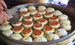 從古鎮阿婆的傳統小吃,到鄉間奢野餐廳,蘇州震澤的食物美味溫情