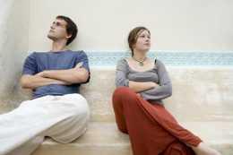 冷戰,使夫妻生活中斷,感情還能長久嗎
