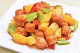 香甜可口的特色美食:菠蘿咕嚕肉!水果的完美結合,獨特的美味!