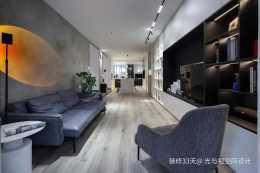 裝修設計:超大整牆收納櫃,超大開放兒童房