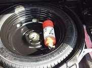 車載滅火器還傻傻的放後備箱,遇到險情必遭殃,99%的司機出錯